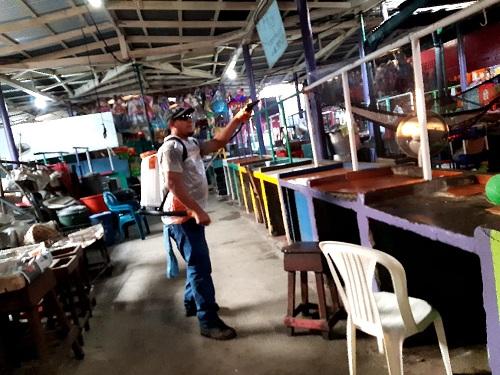 En El Mercado municipal  de El Viejo