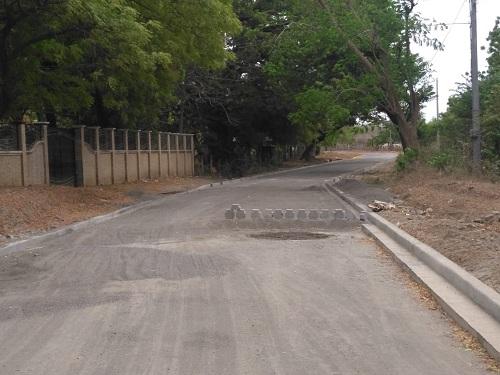 Una de las dos calles construidas en Villa El Carmen