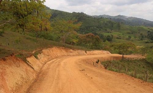 Camino a la  comunidad Montes de Oro en Siuna.