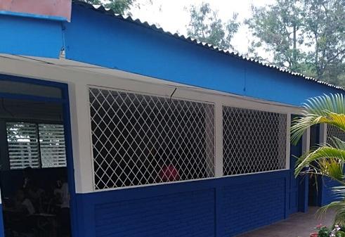 Escuela de la comarca  La Libertad en El jicaro