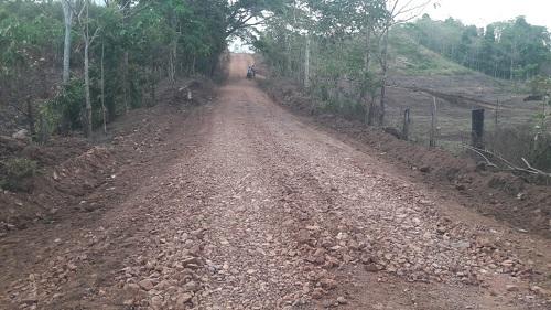 Camino Nueva Quezada en El Castillo