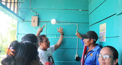 Inaugurando la energía eléctrica