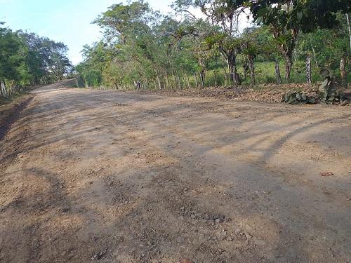 En la comarca Las Pavas, La Libertad, fueron mejorados 18 kilómetros de caminos rurales