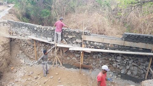 Muro de contención en Villa El Carmen ya fue finalizado