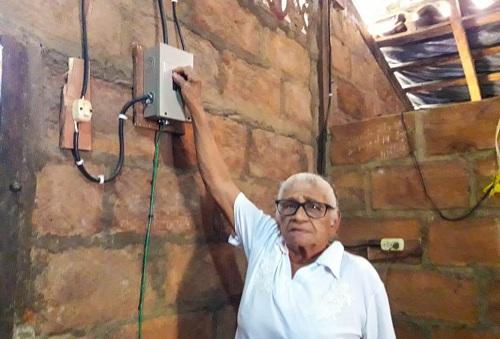 La energía eléctrica y alumbrado rural, llegará a 22 familias