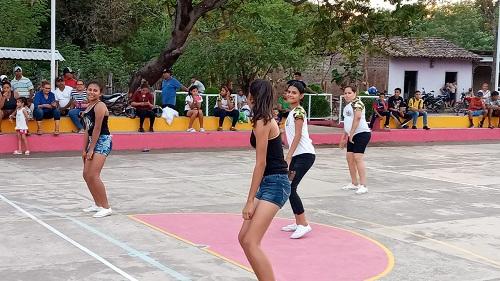 Mejoras en cancha multiusos en el Barrio Nuevo, Acoyapa