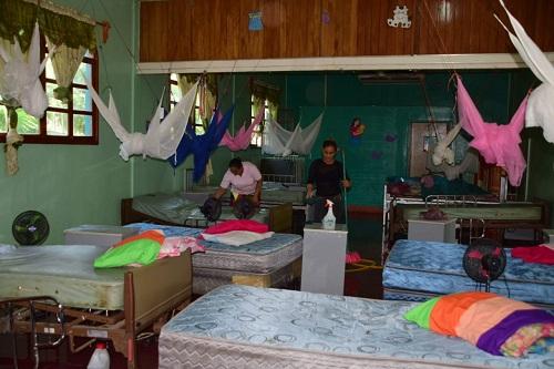 Casa materna, Ngarote