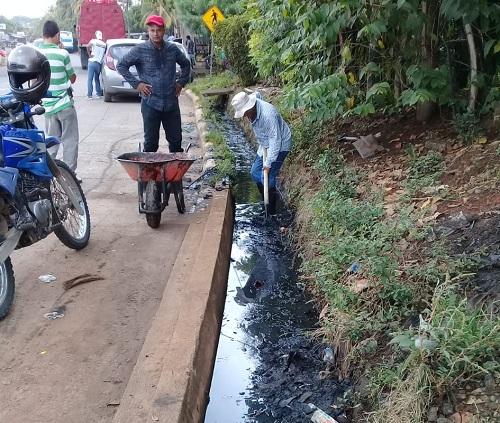 En labores de limpieza en San Carlos