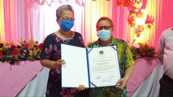 En sesión extraordinaria del gobierno local de Chinandega reconocimiento a emprendedoras