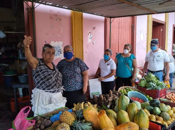 En el mercado de Corinto