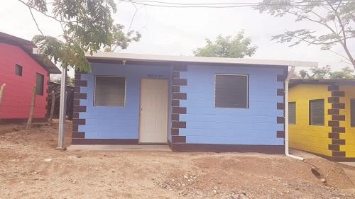Treinta casas fueron construidas en el barrio Julio Velásquez en Somoto,