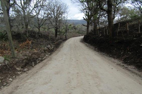 En Las Sabanas se mejoraron  2.5 kilómetros de camino en la comunidad Apanaje