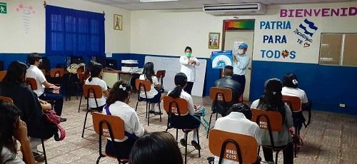 Personal del Minsa instruye a estudiantes del Instituto Augusto C. Sandino  de Niquinohomo sobre medidas de higiene y de prevención contra el coronavirus
