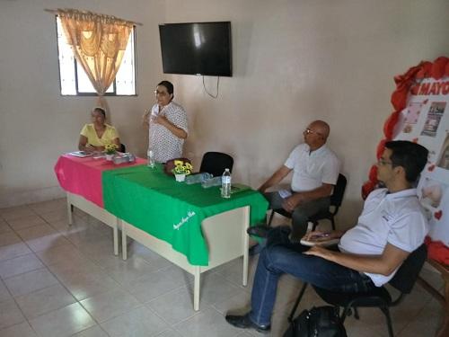 La presidenta ejecutiva de Inifom, Guiomar Irías, Luis Morales del INC y René Pilarte delegado de Inifom IV Región