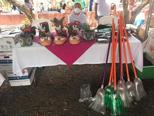 """Masaya: Asociación de mujeres recicladoras de Boaco, participaron en la feria nacional """"Hoy todos unidos reciclamos por amor a nuestra madre tierra."""""""