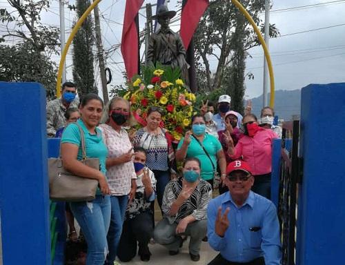 Equipo municipal de Jinotega, honran al héroe Nacionalrinden