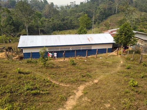 Escuela de la comunidad El Gonce en Bonanza