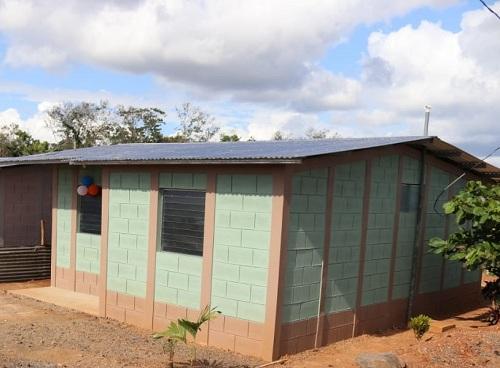 s a las de la foto serán para 10 familias del barrio Nuevo Amanecer de Nueva Guinea