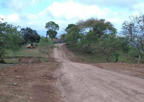 Santo Tomás Chontales:Cuatro kilómetros en la comunidad El Provenir.