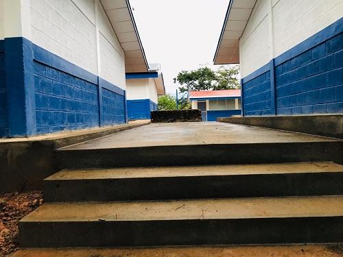 En San José de Cusmapa el gobierno locl efectuó mejoras en la escuela de la comunidad El Carrizo.