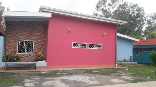 La casa de atención para personas con necesidades especiales de salud de Achuapa fue dotada de equipo y mobiliario