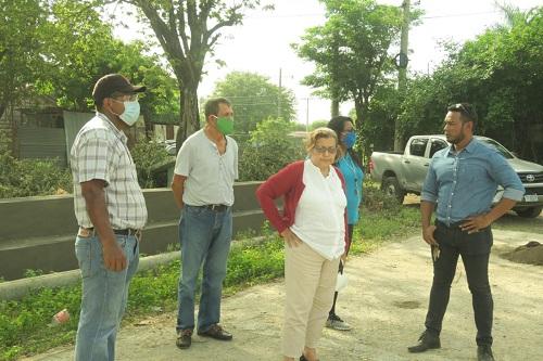El Viejo: Reparación y mantenimiento de la cancha de la Colonia Tomas Borges