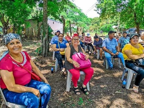 El Sauce: Sesión especial en reconocimiento a mujeres emprendedoras del barrio Sutiava