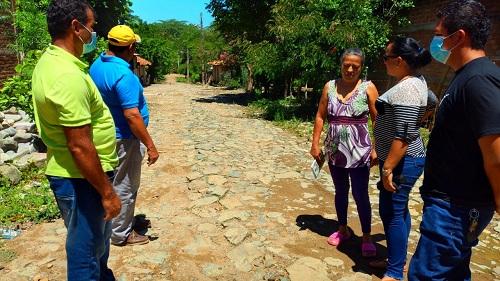 Santo Tomás del Norte: Proyecto de adoquinado de calle en comunidad Villa Camilo