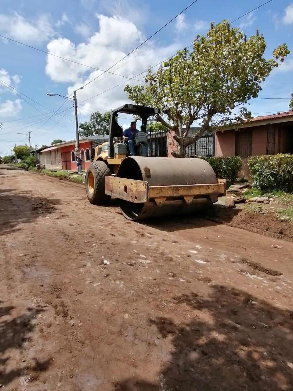 León: Seguimiento las obras de 232.45 metros de adoquinado de calle en Reparto BuenaVista.