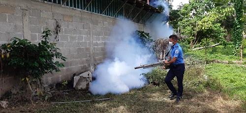 El Castillo: En Boca de Sábalos  fumigando en jornada anti-epidemiológica