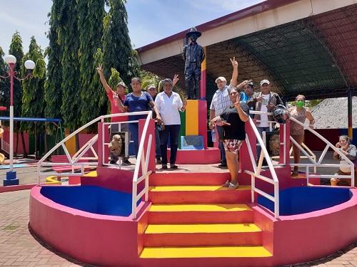 Inauguración del embellecimiento de parque con pintura en Puerto Morazán