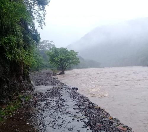 los alcaldes intensificarán las campañas para que las personas asuman responsabilidad de no exponerse a cruzar ríos crecidos