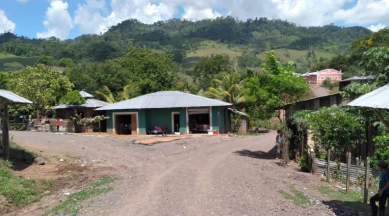 Junio inicia con la entrega de  veintinueve proyectos para las familias