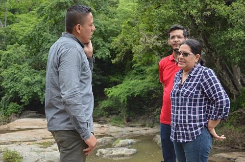 El  Río Cascalojoche posee una presa para disfrute de veraneantes en verano, pero en invierno genera crecidas