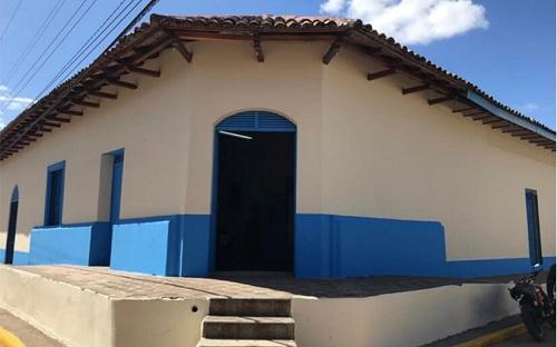 Casa museo está ubicada en la esquina opuesta al parque central