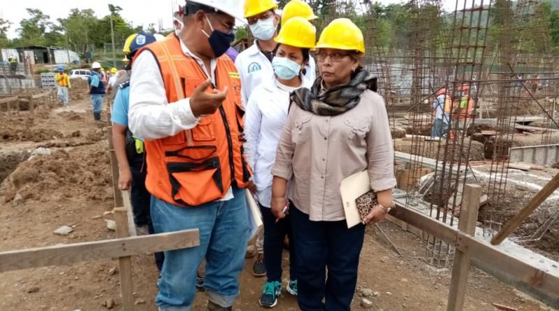 Titular del Minsa visita obras de construcción del hospital primario en Los Chiles, San Carlos