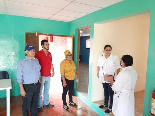 Al interior de la casa  de atención a personas con necesidades especiales de salud