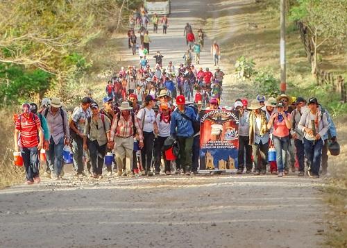 Caminando como todos los años, ciudadanos de  Parcila, Matagalpa cumplieron con el Señor de los Milagros  de Esquipulas en enero pasado