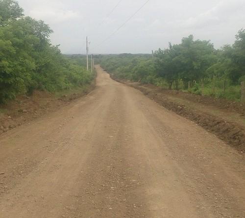Cuatro kilómetros de caminos mejorados son obras rurales en las comunidades La Colmena y Brasil en Tipitapa