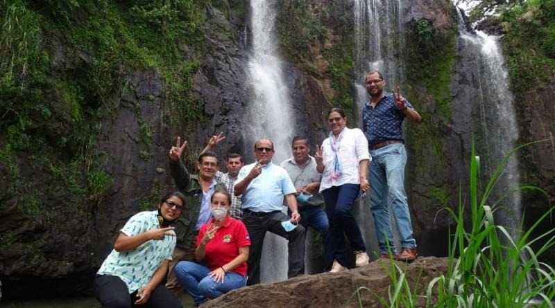 El Tuma-La Dalia comparte con presidenta del Inifom sus atractivos turísticos  y bellezas naturales