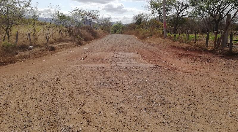 La alcaldía de Juigalpa restauró ocho kilómetros en la comarca Piedras Grandes #2.