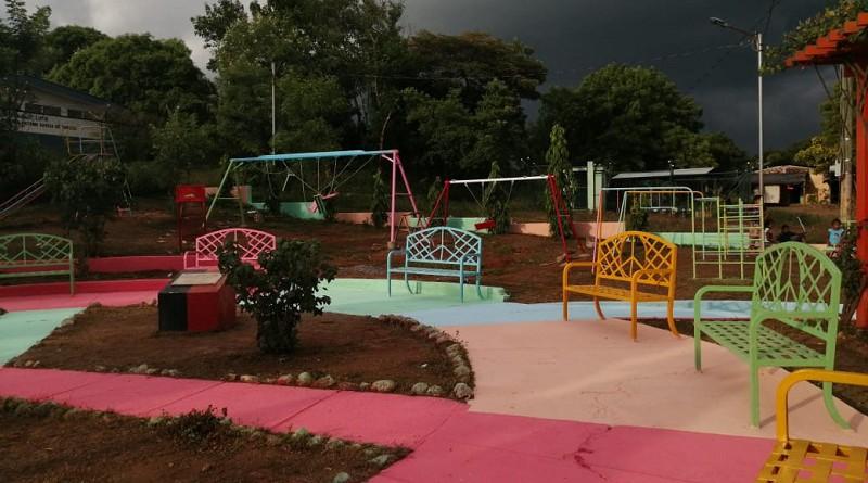 Uno de los  cuatro  parques  comunitarios mejorados en La Paz Centro en   las comunidades  La Fuente, Momotombo, Asentamiento La Paz de Cristo y Villa San Nicolás.