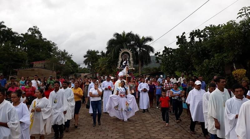 Fiestas patronales: La Inmaculada Concepción es la patrona local y la celebración principal es el 8 de diciembre. Su imagen está en la parroquia del mismo nombre una edificación moderna sencilla y sobria.