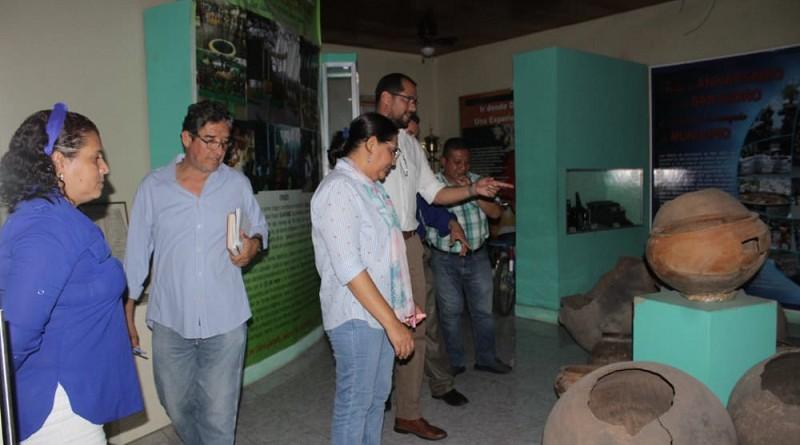Hay  ollas y osamenta indígena mucha han sido hallazgos en el barrio Estelí.