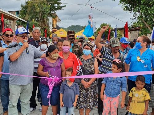Sébaco: Construcción de calle adoquinada y cunetas en el barrio santiago