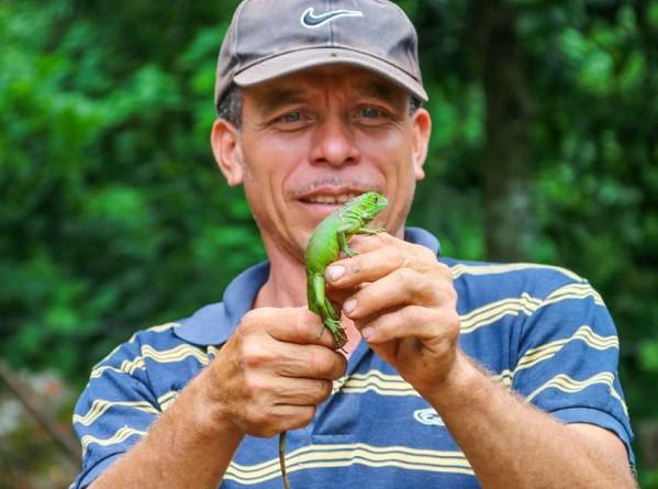 Productor de la comarca El  Ocotal en El Sauce está criando lagartijas