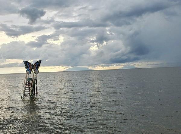 El Mirador Mariposa para observar desde El Lago