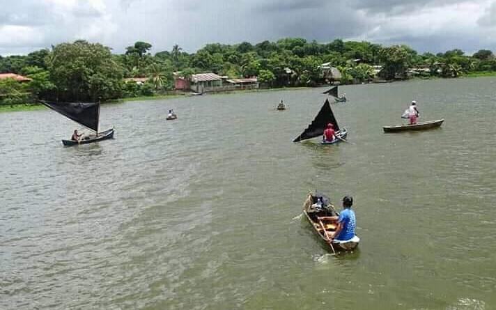 La pesca artesanal es un oficio tradicional de la gran mayoría de los pobladores de este municipio, heredado de generación en generación.