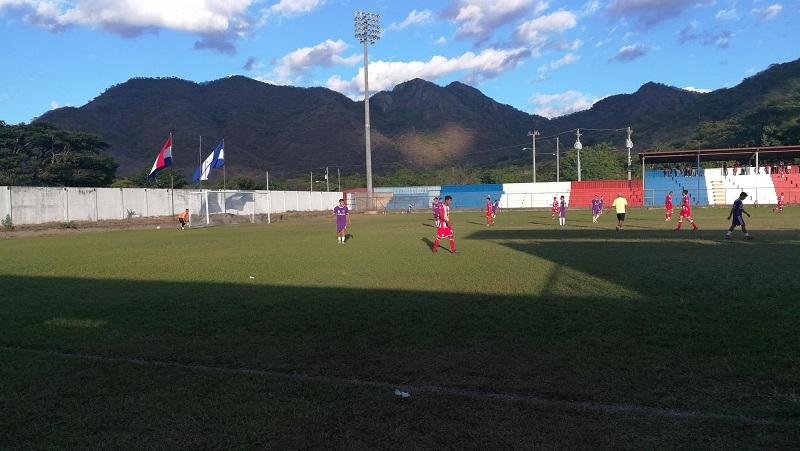 Estadio de fútbol: Con cambios notablescomo cambio de grama.