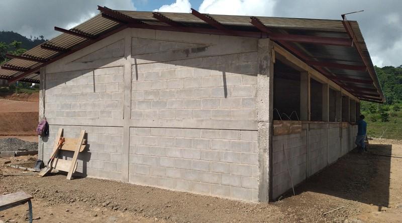 En San José de Bocay la comunidad educativa de la zona rural El Recuerdo tiene una nueva escuela. (Colegio en construcción)